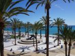 playa y paseo de albir