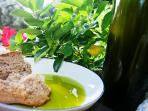 Arete's Extra Virgin Olive Oil