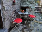 two outside seating areas.. perfect for a light breakfast or lunch, or drinks in the evening.
