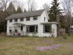 1894 Catskills Farmhouse Retreat