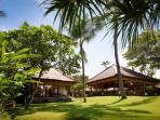 Villa Maridadi - Magnificent grounds