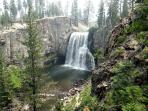 Rainbow Falls- 100ft high and easy hike from Devils Postpile Monument