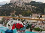 Unbeatable rooftop view to Acropolis hill to enjoy breakfast