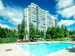 GREATER TORONTO  AREA 2BDRM CONDO CLEAN, COZY ,LUX