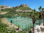 Pedregal Tennis Club for your use day or night