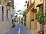 The Old Town of Rethymno, Absolute Romance