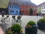 Sighisoara center square the perfect spot for a sit down and a cuppa