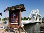 Pegasus bridge 1 er pont libéré de normandie  7km d'hermanville