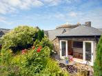 Quaint Pembrokeshire holiday home with sheltered walled gardens