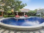 Bali Akasa Villa, Bungalow and Pool
