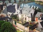 villa Eve vue du château d'Amboise