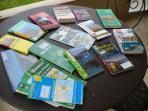 Guides et cartes sont à votre disposition.