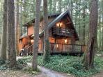 27GS Pet Friendly Cabin Near Mt. Baker with WiFi