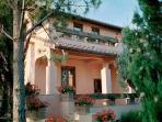 6 bedroom Villa in Grosseto, Maremma, Tuscany, Italy : ref 2294092