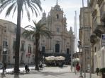 La magnifica Piazza del Duomo di San Giorgio, a Ragusa Ibla.