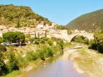 Gite le COQUELICOT, Visites des villages perchés.