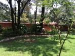 Otra vista de los jardines