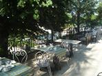 'petit-déjeuner' in the terrace