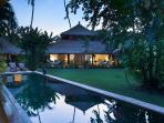 Villa Kelapa @ night