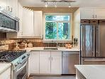 Modern Zen, Kitchen