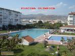 Vista piscina olimpica e infantil