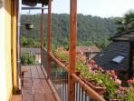 Camera Girasole: vista a sud dal balcone