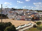 Carvoeiro town beach