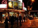 Cinema Beaubien à vocation sociale se spécialisant en films indépendants, canadiens et artistiques