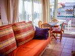 Sofa Cama de 2 m x 1.60 m en el salon/Sleeping couch from 2 m x 1.60 m in the living