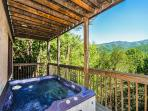 Majestic View   Private Jetted Tub Mtn Views Hot Tub WiFi  Free Nights