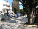 Lapad Promenade that leads to beaches