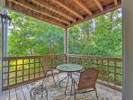 2BR Raleigh Condo w/ Pool Access & Tennis Court!