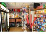 Grocery Store / Tienda de comestibles - ComprandoViajes