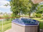 Your very own private hot tub, heated to a toasty 40 degrees year round, relax and enjoy!