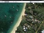 Point rouge: Duplex S&M Trou-aux-Biches. A 30m de la plage. 3 ch climatisées avec 1 femme de ménage