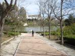 the beautiful Parque de la Paloma 10 minutes walk, chicken, rabbits run freely, children´s play area