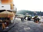 Corso A. Rizzoli, isola pedonale dalle 18.00.