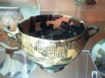 Coppa di Nestore presso il museo di Villa Arbusto