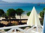 Beachfront Studio for 2, private balcony, panoramic views