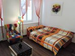 Sofa bed for two in living room (140 x 200 cm)