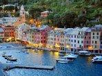 Portofino anche esso a pochi chilometri da Deiva Marina