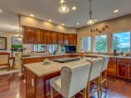Stunning kitchen, tons and tons of light, cook for the entire group, dishes incl