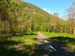 nelle vicinanze: pista ciclo-pedonale 'Sentiero Valtellina'