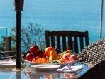 oceanfront dining