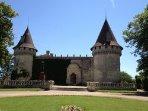 Château Mouchac, à 3km du gîte, possibilité de visiter