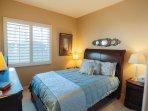 2nd Guest bedroom 1/2
