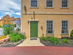 3BR Reinholds Townhouse in Peaceful Location!
