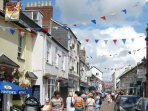 Sidmouth town centre bustles with independent shops, cafés, inns and restaurants