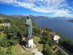 Statua di San Carlo Borromeo ad Arona