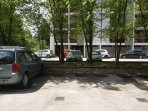 place de parking privée, à vue depuis l'appartement (dans résidence tranquille)